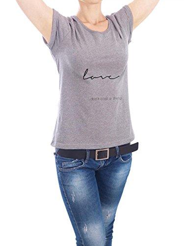 """Design T-Shirt Frauen Earth Positive """"Love"""" - stylisches Shirt Typografie Liebe von Liliana Michalska Grau"""