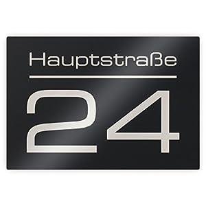 Metzler-Trade® Hausnummer Hausnummernschild mit Beschriftung Straßenname/Name und Wunsch-Nummer - Laser-Gravur kein Verblassen - Farbe: Anthrazit RAL 7016 - UV-beständig - 16 x 11 cm