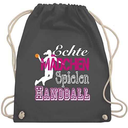 Shirtracer Handball - Echte Mädchen Spielen Handball weiß - Unisize - Dunkelgrau - WM110 - Turnbeutel und Stoffbeutel aus Bio-Baumwolle