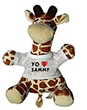 Jirafa de Peluche (Juguete) con Amo Sammy en la Camiseta (Nombre de Pila/Apellido/Apodo)