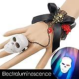 Pulsera de encaje para mujer con brazalete con anillo de calavera - Pulsera de Halloween con luz de noche colorida de calavera LED -Anillos iluminados Suministros de fiesta que brillan en la oscuridad