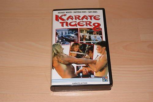 Bild von Karate Tiger 8 [VHS]