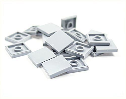 Preisvergleich Produktbild LEGO CITY - 20 FLIESEN in neuen hellgrau mit 2x2 NOPPEN KACHELN GLATTE PLATTEN - 3068