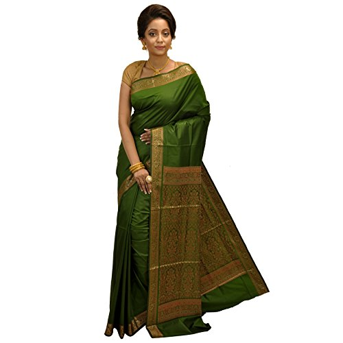 Avik Creations Embroidered Women's Traditional Handloom Latest Design Solid Woven Soft Kanjivaram / Kanchipuram Designer Wedding Party Wear Bollywood Fashion Art Silk Saree Dark Green with Blouse Pi
