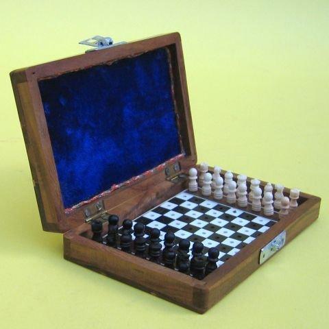 Miniatura tallado y incrustaciones plegable tablero de ajedrez y piezas-51/2