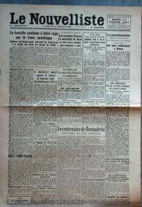NOUVELLISTE (LE) N? 8 du 11-01-1944 la bataille continue a faire rage sur le front sovietique - combats particulierement acharnes de kirovograd a la region qui borde les marais du pripet commumnique allemand sur le front italien bombardement de sofia m. roosevelt aurait rapporte de teheran un important traite de commerce avec l'u.r.s.s. vers le transfert de l'industrie petroliere americaine au proche orient reunion du congre la pologne et l'u.r.s.s. manoeuvres de l'armee espagnole cinq a...