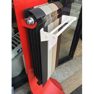 Stendino per termosifone o radiatore in alluminio, applicabile solo su radiatori composti in alluminio con larghezza di 8 cm., per radiatore da 4 elementi