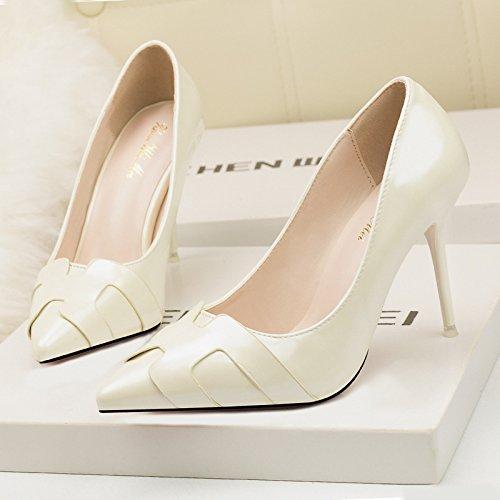 Cuoi bocca poco profonde solo scarpe moda coreano sottili tacchi belle scarpe con tacco alto appuntita di colore solido bocca poco profonda Beige