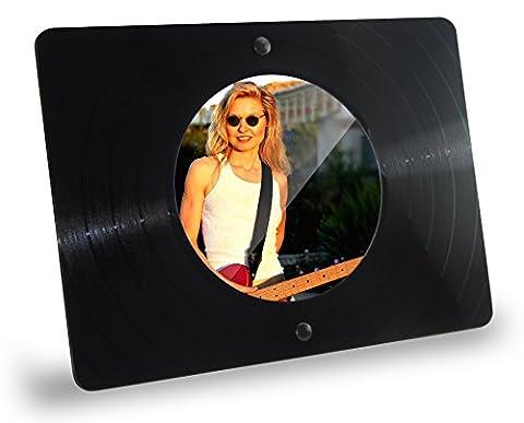 Eckiger Bilderrahmen / Standrahmen aus echter Vinyl-Schallplatte mit rundem Bildausschnitt (11,5cm Durchmesser), Standrahmen im Querformat, Farbe: schwarz, Upcycling by (Br Küche)