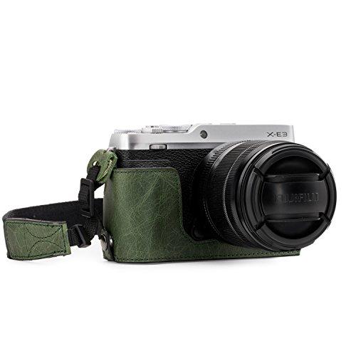 MegaGear Ever Ready Echtleder Kamera-Halbtasche mit Trageriemen und Batteriezugang für Fujifilm X-E3 grün