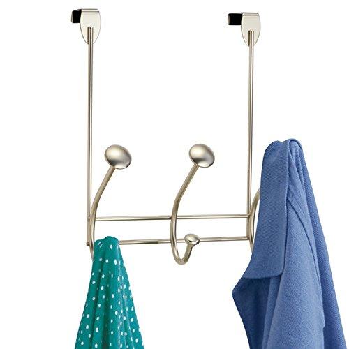 mDesign Türgarderobe ? Hakenleiste zum Einhängen in die Tür ? mit 6 Haken für Mäntel, Jacken, Bademäntel, Handtücher in Flur und Bad ? satiniert