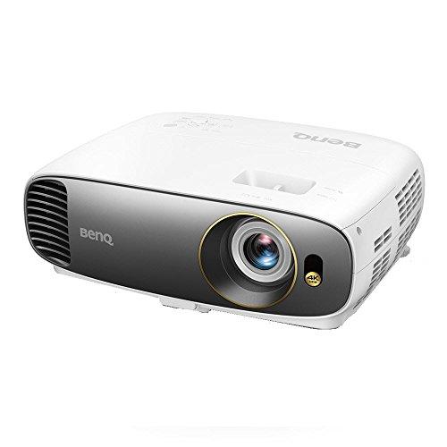 BenQ W1700 4K UHD Heimkino DLP-Projektor (HDR, 96{22684488784ca72e96197dfe1530ed97baf3b96984a65b3463b8b4a71a594365} REC. 709, 2200 ANSI Lumen, Kontrast 10.000:1, HDMI) weiß