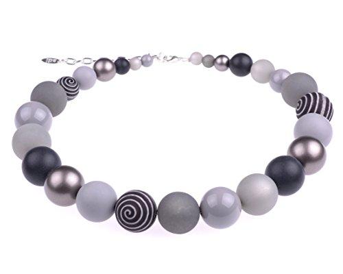 """Adi Modeschmuck Halskette """"Thabea"""", Elegante Materialmixkette aus Polaris- und verschiedenen Acrylperlen, Verschiedene Grautöne mit silbernen Akzenten, handgefertigt in Berlin"""