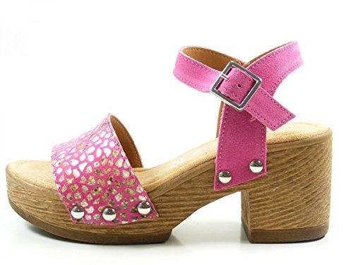 Tamaris pink