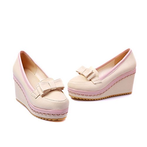 AllhqFashion Damen Weiches Material Hoher Absatz Ziehen Auf Rund Zehe Pumps Schuhe Cremefarben