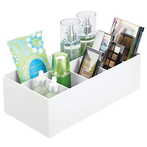 mDesign Schminkaufbewahrung für Wasch- oder Schminktische - Aufbewahrungsbox aus BPA-freiem Kunststoff für Make-up - moderner Kosmetik Organizer mit 6 Fächern - weiß