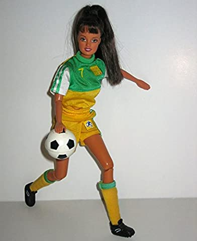 Barbie Football / Soccer Star '' Kick & Throw Like Mia Hamm '', Womens 1999 World Cup USA (3rd FIFA Championship), American Champion Footballer/ Soccer Teresa Doll + Ball (I Can Be Anything)