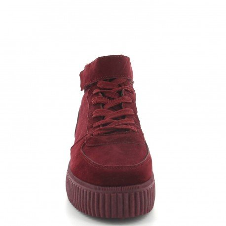 Ideal Shoes - Baskets montantes effet daim Vannia Rouge