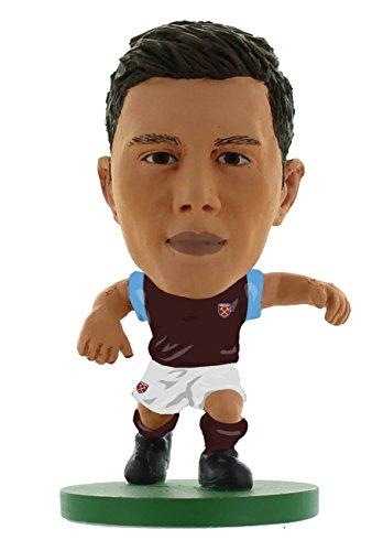 SoccerStarz SOC967 West Ham Aaron Cresswell Classic Home Kit Figures