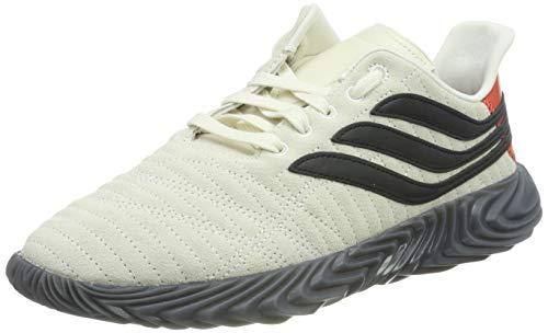 adidas Sobakov, Scarpe da Ginnastica Uomo, Bianco off White/Core Black/Raw Amber, 45 EU