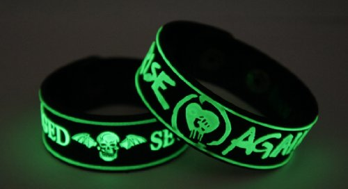Avenged Sevenfold Rise Against 2pcs NEU. Glow In The Dark Wristband 2 X 49 G129