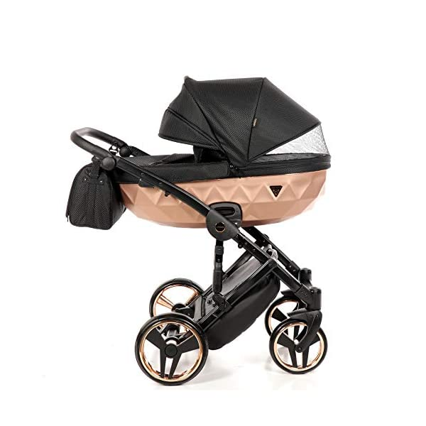 Combination Children's Pram Set JUNAMA Diamond Mirror Satin Baby Pram Buggy Pushchair + Accessories (02 Satin Schwarz - Kupfer, 3IN1) JUNAMA stable and lightweight aluminum frame construction with folding function 1-click system for easy assembly and disassembly Practical carrying handle for easy stowage of the folded frame maintenance-free gel wheels swiveling and lockable front wheels Six shock absorbers Central brake height adjustable push handle Automatic protection against folding the frame high-quality materials Push handle made of Ecco leather Upper materials are water-repellent Machining with silver ions and EcoTex technology waterproof and windproof, breathable high tear and abrasion resistance Covers are washable (100% cotton) Climate opening and window on the hood Hood is completely removable and can be used for the baby bath, as well as the sports seat folded up with wheels: 89 x 42 cm Total height of the stroller to hood top: 107 cm Lying height of the tub from the ground: 65 cm Variable height of the push handle: 77-107 cm Weight of the frame incl. Wheels: 10,2 kg External dimensions of baby carrier for newborns: 90 x 62 x 42 cm Weight of the baby bath attachment: 4.7 kg Length / width / height with hood of sport version: 92 cm x 44 cm x 62 cm Weight of sports seat: 5.5 kg 3