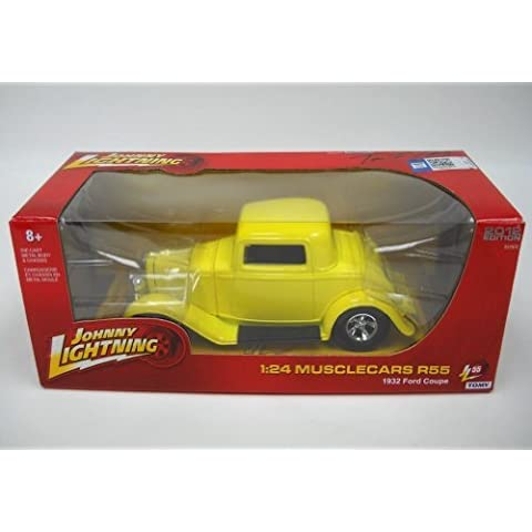 1932 Ford Coupe Yellow 1/24 by Johnny Lightning 51105ZZD by Johnny Lightning