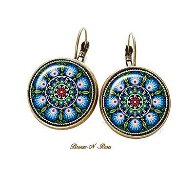 Boucles d'oreilles Broderie Folklorique cabochon bronze motifs russes slave bleu dormeuses