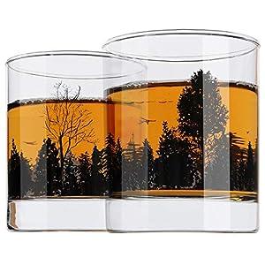 Yurnero Whiskey Gläser 2er Set Waldlandschaft Altmodischer Whiskeybecher zum Trinken von Scotch, Bourbon, Cognac, Cocktails Heavy Base Rocks Gläsern 300ml für Herren, Papa, Vatertagsgeschenke