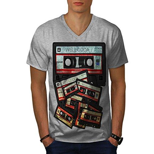 wellcoda Musik Kassette Band MännerV-Ausschnitt T-Shirt 90er Jahre Grafikdesign-T-Stück