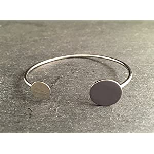Armreif Silber Grau – Silberfarbenes elegantes Armband