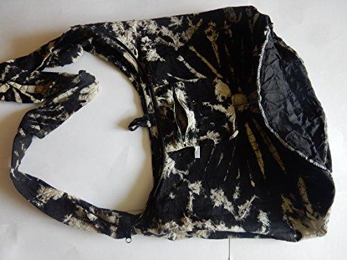 Handgefertigte Umhängetasche aus Baumwolle mit Batik Muster, 40 x 20 x 33 cm (l x b x h), Henkel: 110 cm Schwarz - weiß