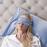 Concedetevi un pò di relax di lusso con i nostri splendidamente di lusso fatti a mano in seta maschere occhio. La mascherina di occhio di seta è riempito lungo filo di seta di gelso di 100% coperta di super morbida e liscia 100% in fine 19 MM charmeu...