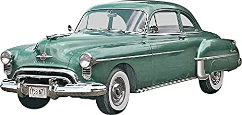 Revell Monogram 1:25 Scale 1950 Oldsmobile Club Coupe 2-in-1 Plastic Model Kit