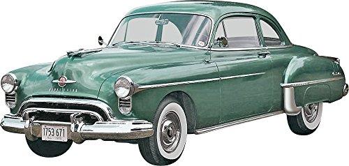 Revell Monogramm Maßstab 1: 251950Oldsmobile Club Coupe 2-in-1-Kunststoff Model Kit