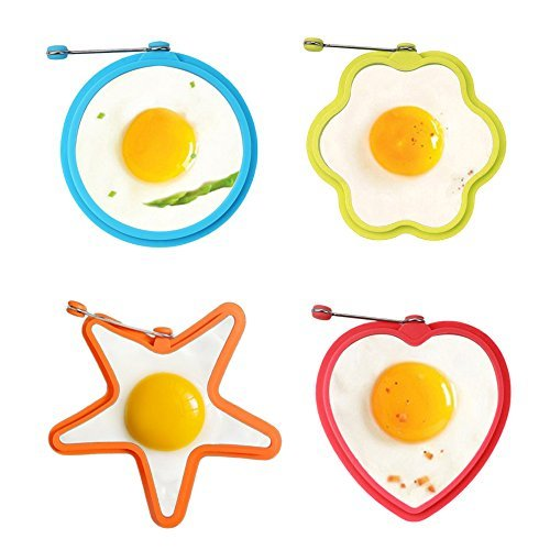 Foto de Molde para huevos y tortitas, IHUIXINHE Molde Silicona de Huevos Fritos, 4 pcs con forma de corazón, ronda, flores, estrella (Color aleatorio)