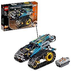Bist du bereit für Actionabenteuer mit dem hochmotorisierten LEGO Technic Ferngesteuerter Stunt-Racer? Das Modell zeichnet sich durch ein futuristisches Design mit besonders griffigen Riesenketten und großen hinteren Zahnkränzen für die ultimative Be...