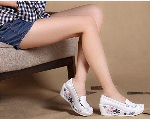 Cystyle Leder mit Mustern Plateau Keilabsatz Loafers Slipper Freizeitschuhe Weiß