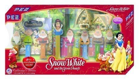 snow-white-the-seven-dwarfs-pez-gift-set-by-pez-candy