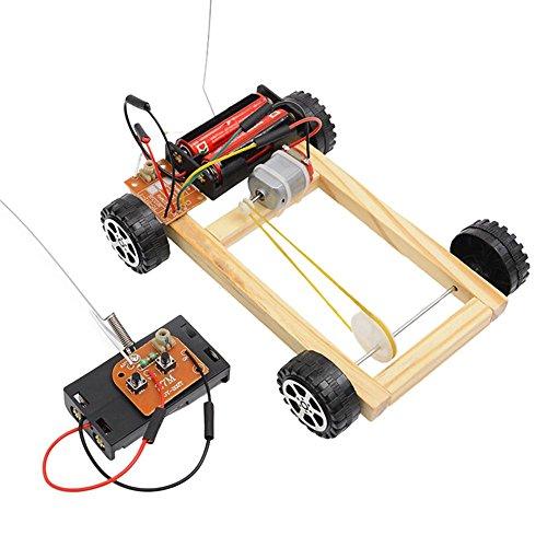 393ccb168ed Juguete montado teledirigido eléctrico de madera de la impulsión de cuatro  ruedas de la artesanía de