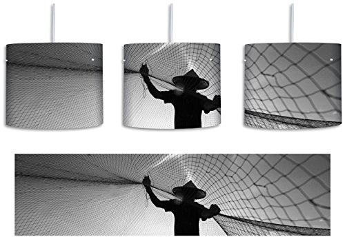 Fischer wirft sein Netz bei Sonnenuntergang aus B&W Detail inkl. Lampenfassung E27, Lampe mit Motivdruck, tolle Deckenlampe, Hängelampe, Pendelleuchte - Durchmesser 30cm - Dekoration mit Licht ideal für Wohnzimmer, Kinderzimmer, Schlafzimmer (Fischer Silhouette)