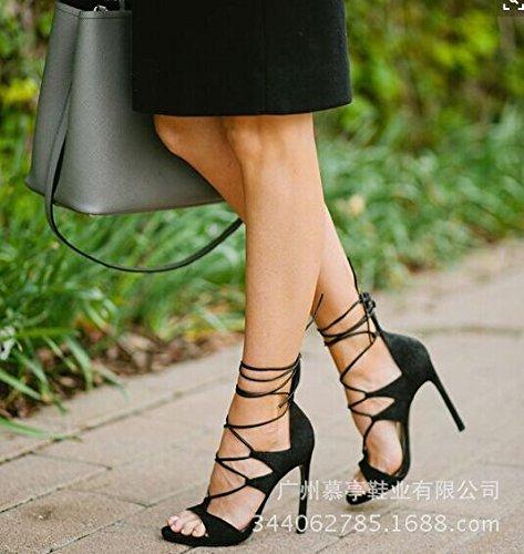 Cross Strap Sandals Are Sandals Chaussures à talons hauts Sandales femme Black