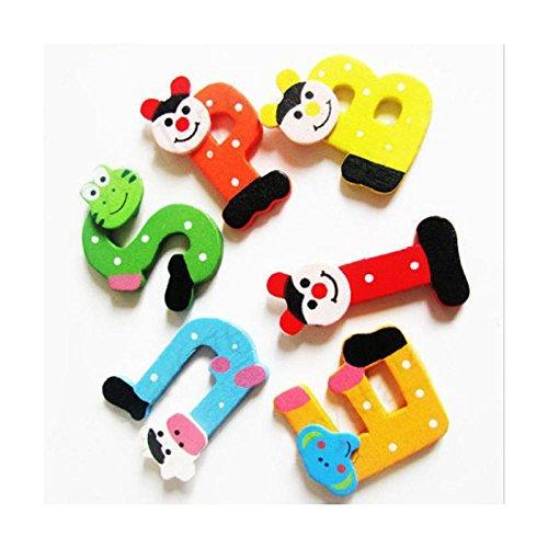 Xshuai 26 stücke Holz Cartoon Alphabet A-Z Magnete Kind Pädagogisches Spielzeug Weihnachtsgeschenk 4,5 cm (Länge) × 4 cm (Breite) × 0,4 cm (Dicke) (Mehrfarbig)