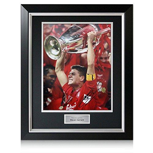 Steven Gerrard unterzeichnete Liverpool Champions League Foto. Im Deluxe-Rahmen (Deluxe Rahmen Champions)