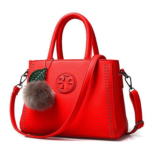 Peluche rétro de Wang PU cuir à capuche lettres pendentif été mode sacs à main en bandoulière épaule sac