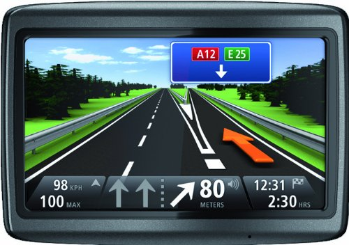 1 Jahr Hardware (TomTom Via Live 120 Europe (10,8cm (4,3 Zoll) Display, 45 Länderkarten Europa, 1 Jahr HD Traffic, Bluetooth, Sprachsteuerung))