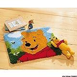 Vervaco PN-0014722 Knüpfteppich Winnie The Pooh Knüpfpackung zum Selbstknüpfen eines Teppichs, Stramin, Weiß, 45 x 35 x 0, 30 cm