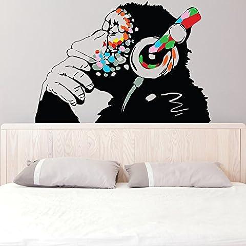 Banksy Décalque Mural Vinyle Singe Avec écouteurs / Chimp écoute to the Musique en Écouteurs / Street Graffiti Art Sticker + Gratuit Cadeau De Décalque - 120x83 cm