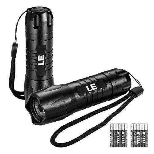 LE Superhelle LED Taschenlampe, Camping Handlampe, inklusive 6 AAA-Batterien, 2 Stück -