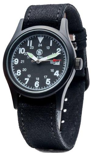 Smith & Wesson Military Armbanduhr für Herren mit 3ATM/Japanisches Uhrwerk/Datum Display/3austauschbare Leinwand Straps/Fall und Gesicht, 38mm, schwarz - Leatherman Austauschbar